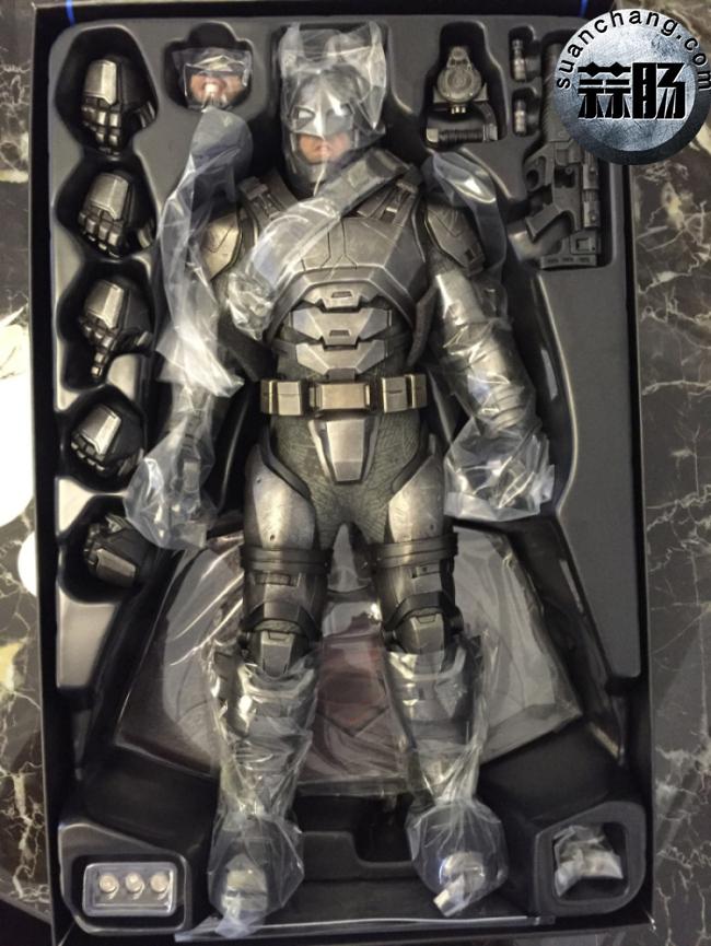 评测分享——HT《蝙蝠侠大战超人》-重甲版 蝙蝠侠 模玩 第9张