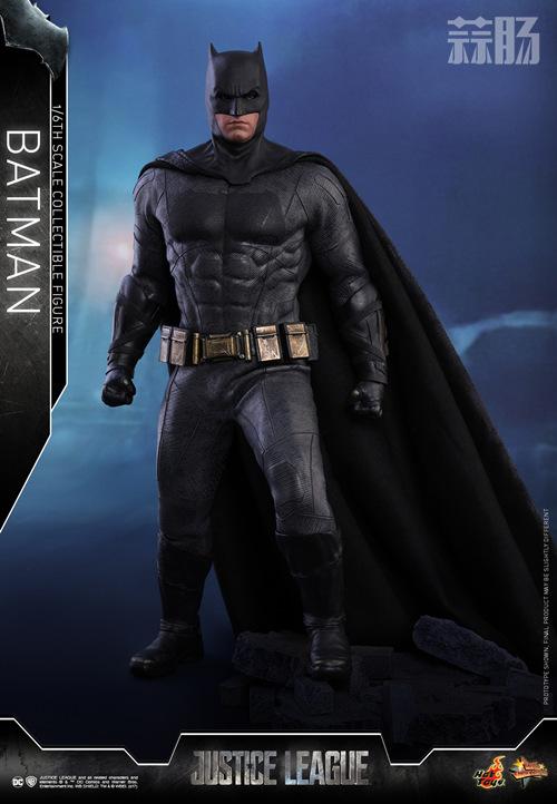《正义联盟》蝙蝠侠1:6比例珍藏人偶 模玩 第1张