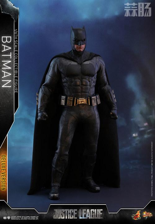 《正义联盟》蝙蝠侠1:6比例珍藏人偶 模玩 第10张