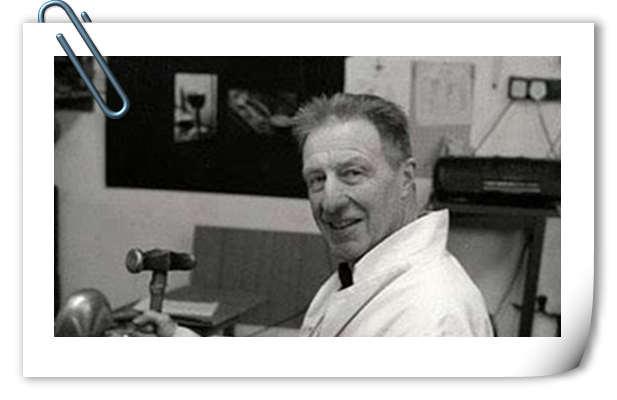 走好 迪士尼经典动画《灰姑娘》王子配音者William Phipps去世
