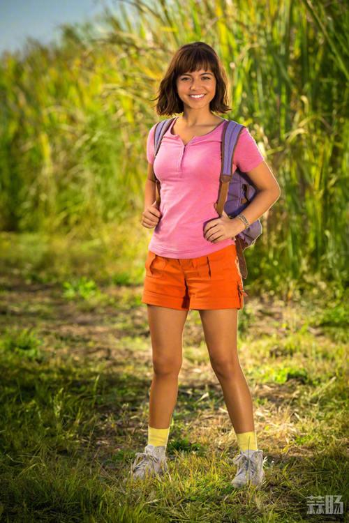 迈克尔·佩纳加盟《爱探险的朵拉》真人电影 女主曾出演《变形金刚5》 动漫 第2张