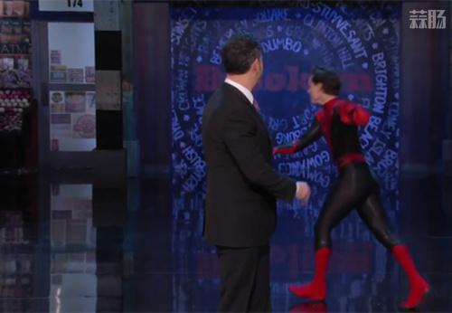 荷兰弟穿蜘蛛侠新战服上节目 剧透多了自己都害怕 动漫 第3张