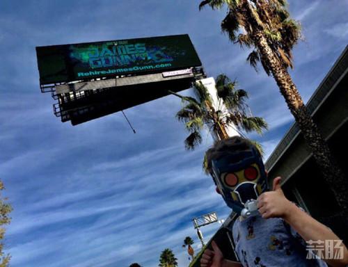 粉丝筹钱立数字广告牌 要求迪士尼复聘古恩执导《银河护卫队3》 迪士尼 银河护卫队 动漫  第2张