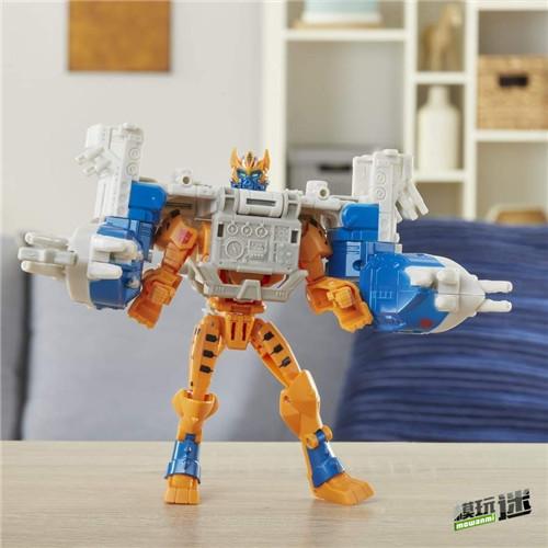 《变形金刚:赛博志》火种装甲系列新玩具守护者黄豹登场 变形金刚 第2张