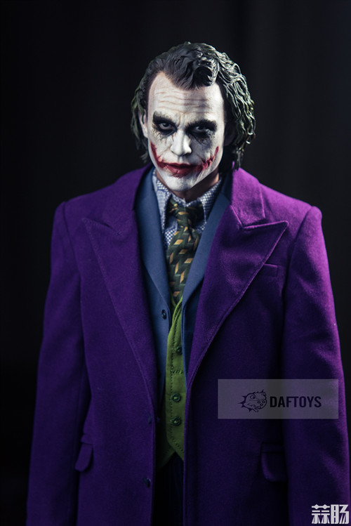DAFTOYS新品 1/4 JOKER 小丑 精致版型大衣 模玩 第2张