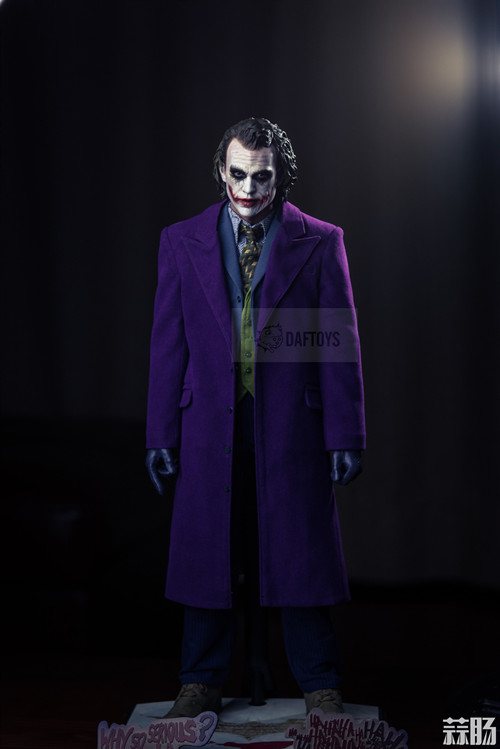 DAFTOYS新品 1/4 JOKER 小丑 精致版型大衣 模玩 第1张