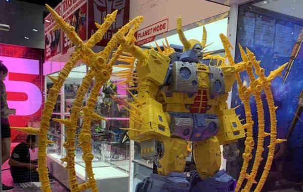 SDCC 2019:史上最大变形金刚玩具 宇宙大帝实物亮相