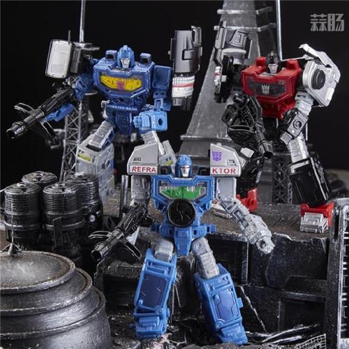 孩之宝推出粉丝限定版变形金刚围城照相机G1配色玩具 变形金刚 第4张