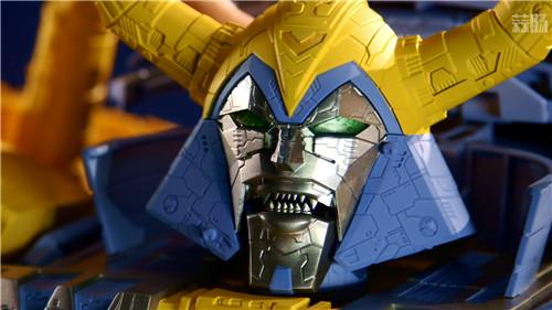 《变形金刚》最大玩具宇宙大帝机器人上色版欣赏 细节满满 变形金刚 第10张