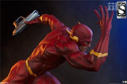 Sideshow 公布DC漫画版闪电侠雕像 模玩 第1张