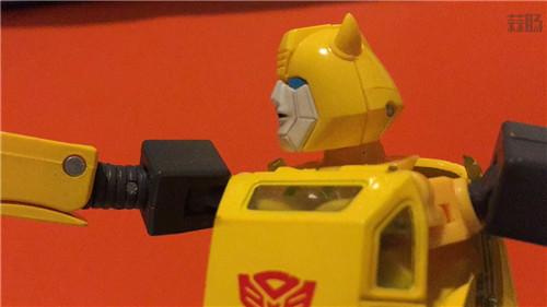 变形金刚MP-45大黄蜂V2实物细节图公开 短小而精干 变形金刚 第7张