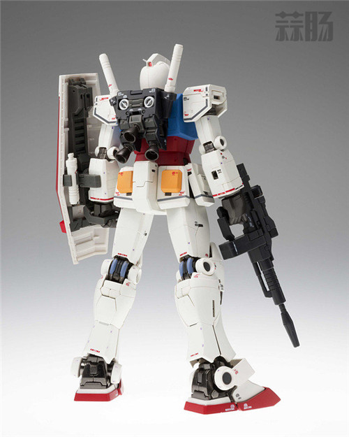 万代明年将再版GUNDAM FIX METAL COMPOSITE RX-78-02 高达  模玩 第2张