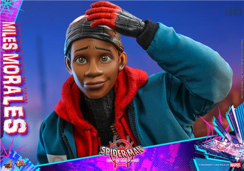 Hot Toys推出《蜘蛛侠:平行宇宙》迈尔斯·莫拉莱斯1:6比例珍藏人偶 模玩 第10张