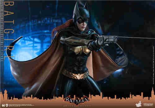 Hot Toys推出游戏《蝙蝠侠:阿卡姆骑士》蝙蝠女1:6人偶