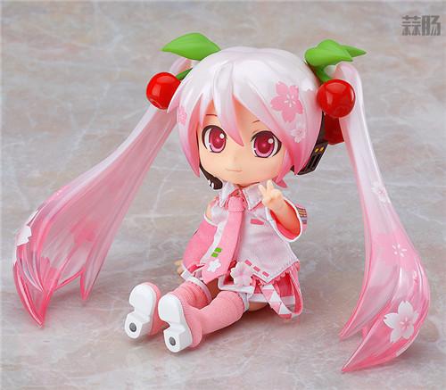 良笑社推出CVS01樱初音粘土人Doll与全套服装 模玩 第3张