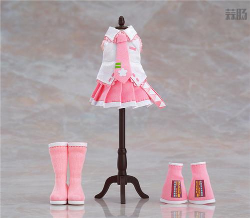 良笑社推出CVS01樱初音粘土人Doll与全套服装 模玩 第6张