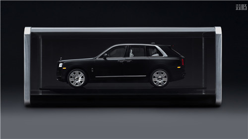 劳斯莱斯推出1/8库里南车模 售价堪比普通真车 汽车模型 第1张
