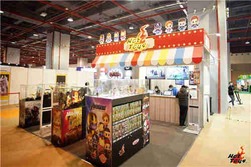 HOT TOYS强势参加首届广州「潮巨匠艺术玩具展」