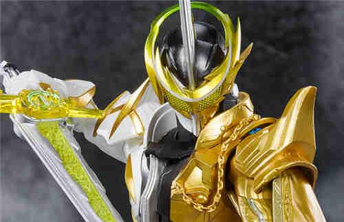 万代推出SHF《假面骑士圣刃》假面骑士Espada阿兰基那神灯形态