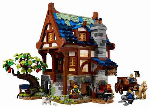 乐高推出Castle系列21325中世纪铁匠小屋套装